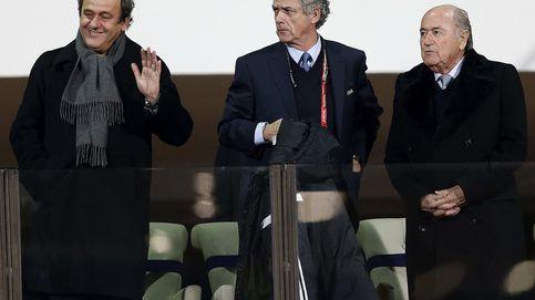 Cae Blatter, cae Platini y la pregunta es: ¿por qué Villar ni cae... ni asciende?