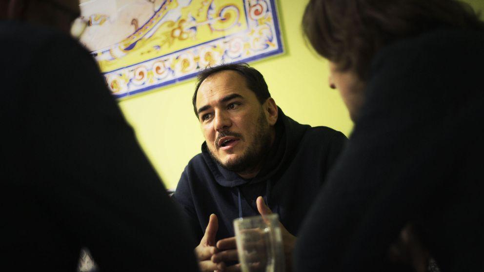La revancha de los cantautores cursis de los 90: Ismael Serrano es mejor que Arcade Fire