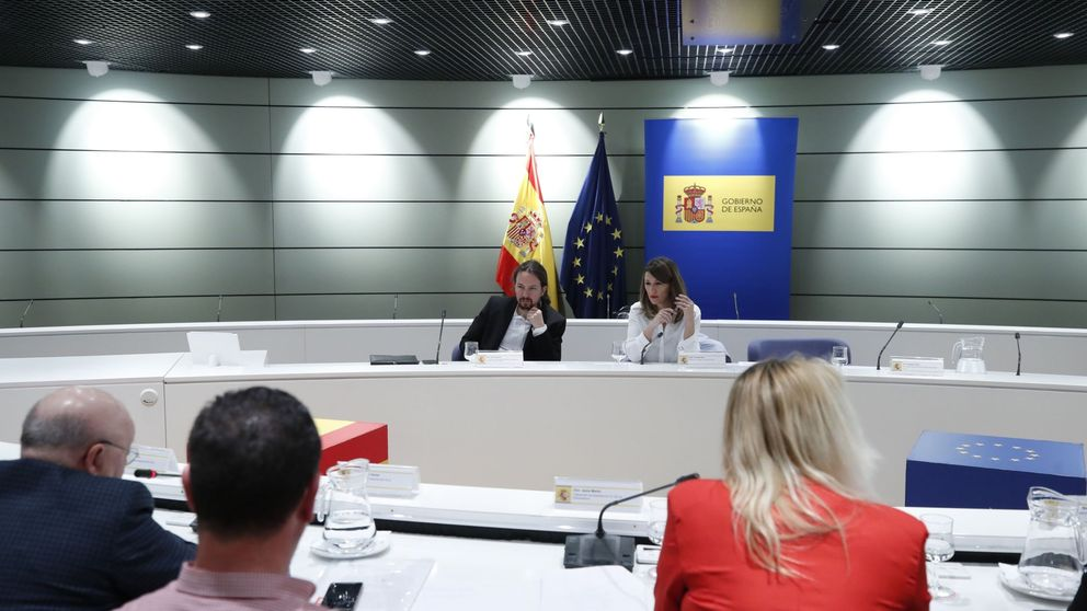 La CEOE del campo estalla contra Iglesias y Díaz y busca negociar con Calviño y Planas