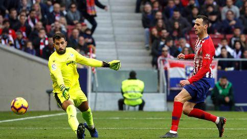 El abrazo de Simeone a Kalinic, lo que necesita el Atlético sin Diego Costa