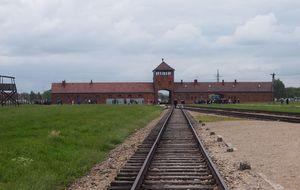 Jesús Posada representará a España en el 70 aniversario de la liberación de Auschwitz