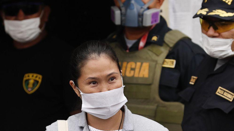 Foto: Keiko Fujimori a su salida del penal Santa Mónica este lunes, en Lima (Perú) (EFE)