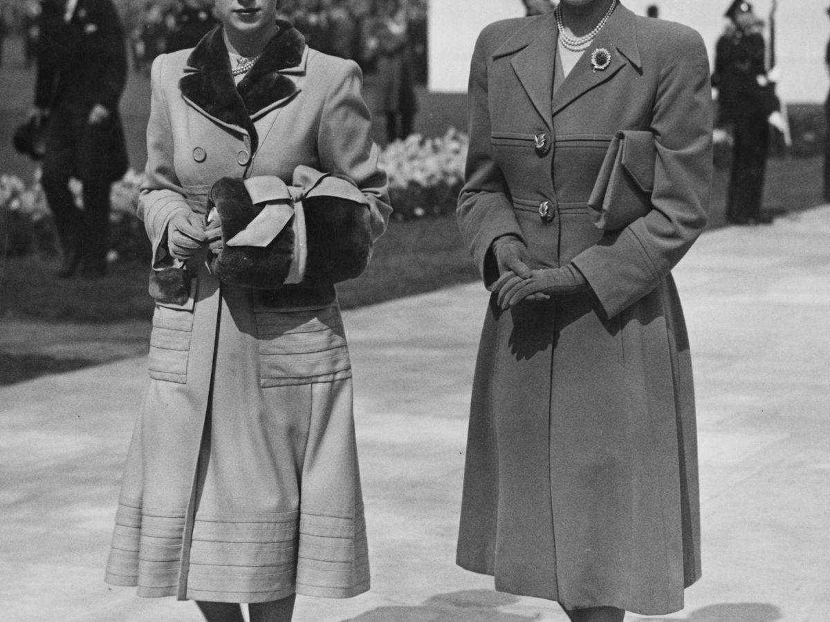 Foto: La princesa Margarita y  su hermana Isabel II, en una imagen de archivo. (Getty)