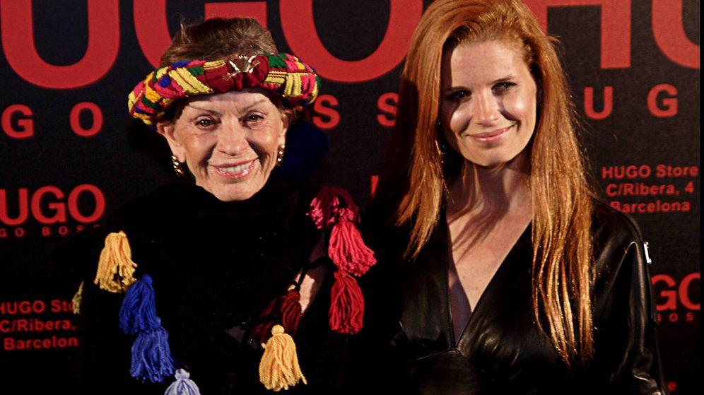Foto: Olivia de Borbón con su madre, Beatrice von Hardenberg (Cordon Press)