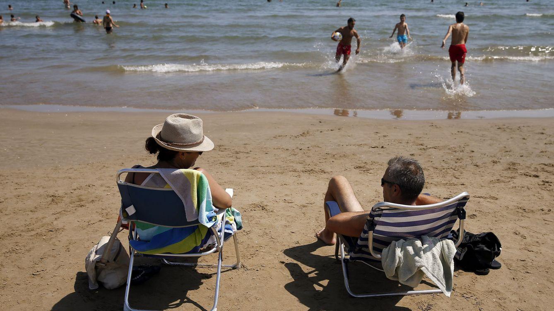 Foto: En zona de costa las tempertaturas podrán superar los 24ºC. (EFE)