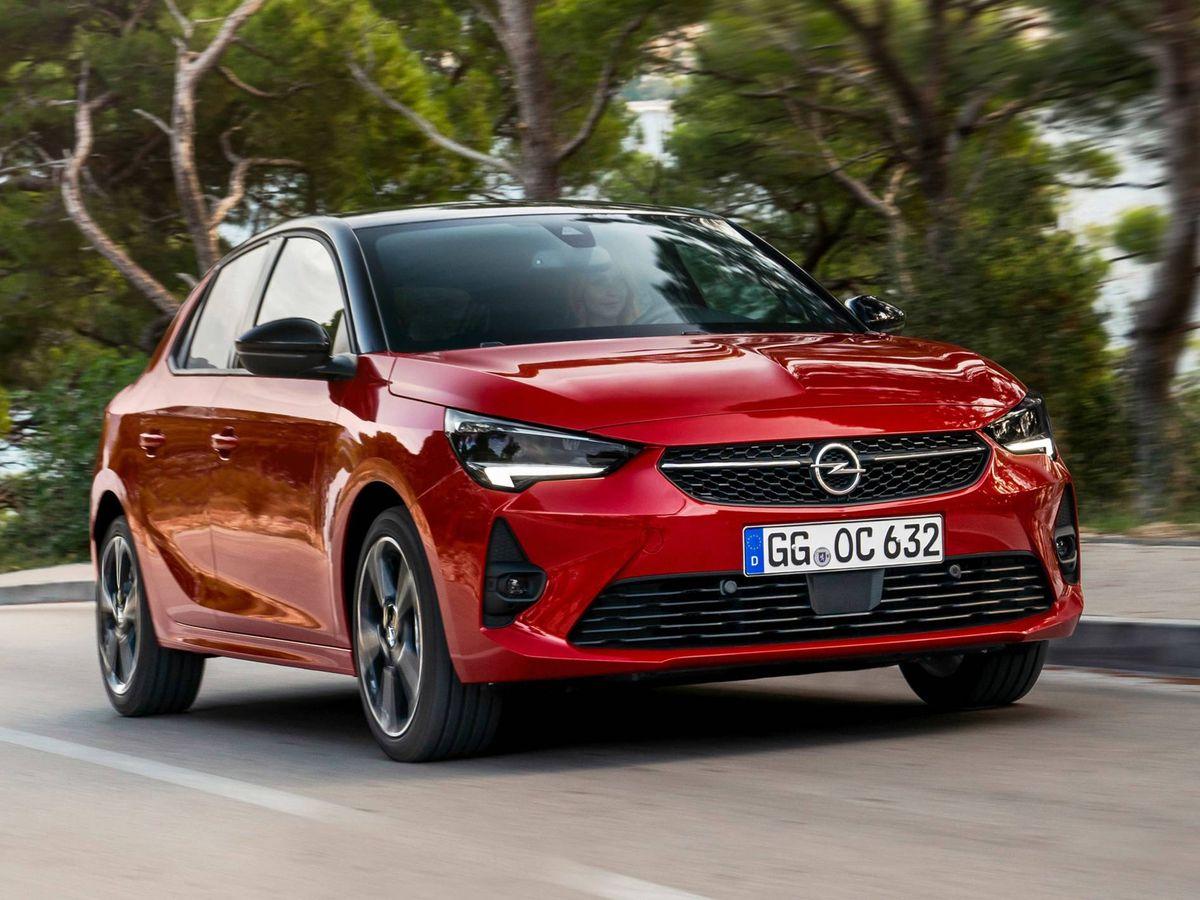 Foto: En acción el nuevo Opel Cosa-e que apenas aporta cambios estéticos respecto a las versiones térmicas.