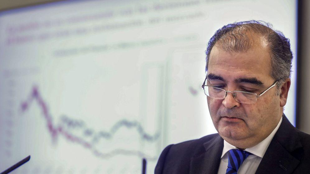 Foto: Ángel Ron, en su última rueda de prensa como presidente de Banco Popular. (EFE)