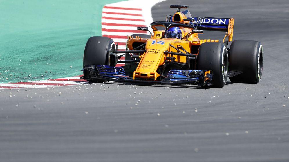 Foto: Fernando Alonso acabó 12º en los Libres 2 del GP de España. (EFE)