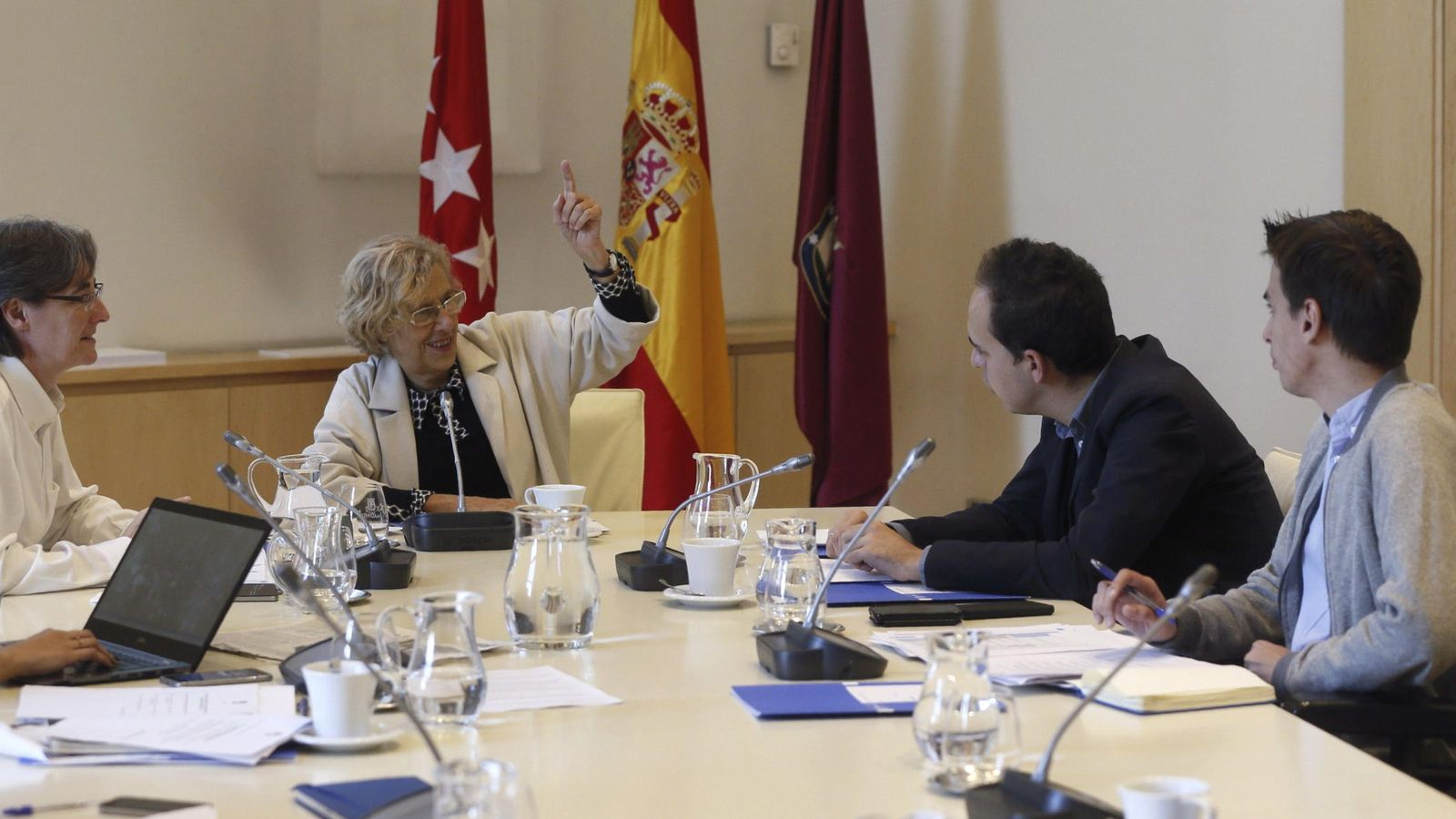Foto: Manuela Carmena preside la Junta de Gobierno. (EFE)