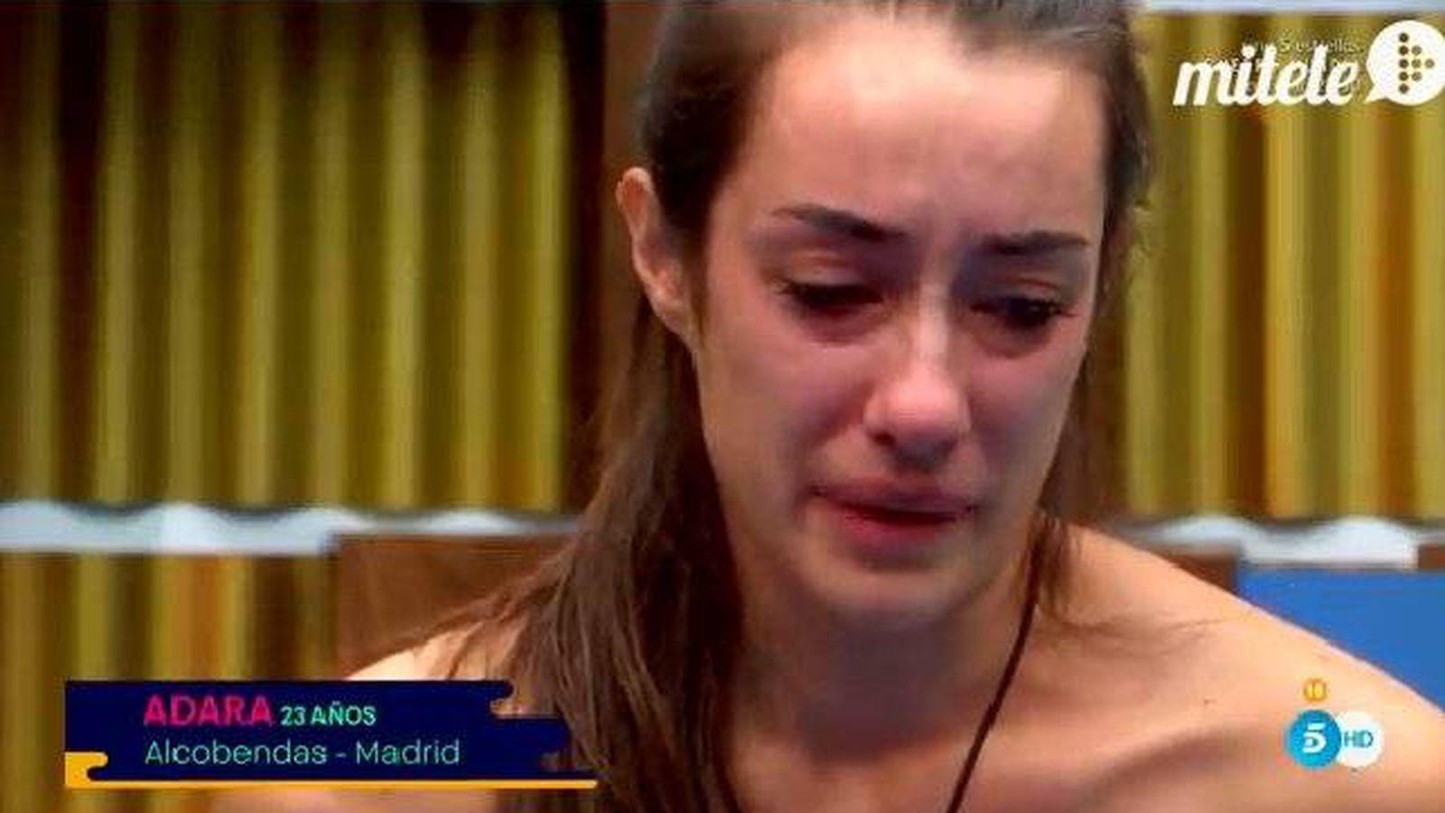 Foto: Adara llora tras discutir con Candelas