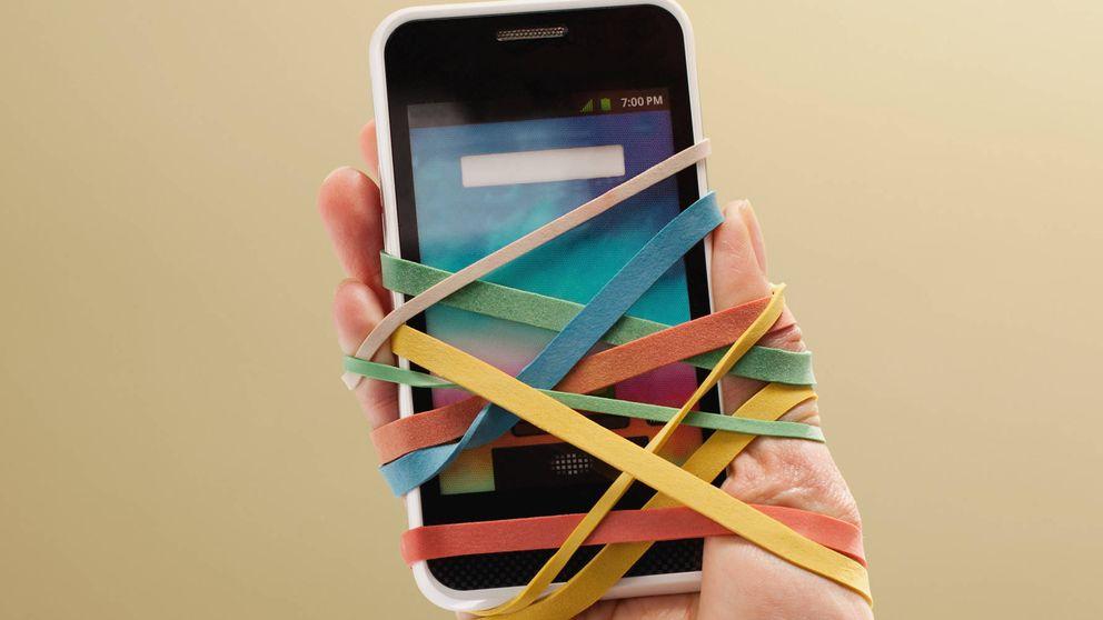 Enganchados al móvil: por qué es un error hablar de adicción