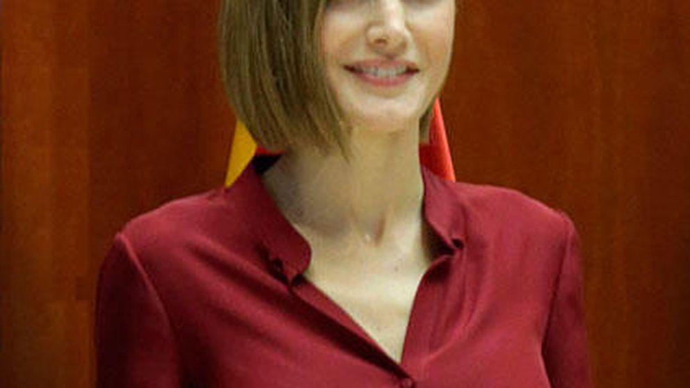 Semana Estilo Real: de los primeros looks premamá de Victoria a las repeticiones de Letizia