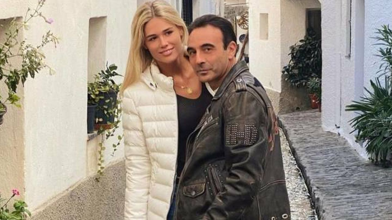 Enrique Ponce y Ana Soria, durante un paseo en pareja. (Instagram @enriqueponce)