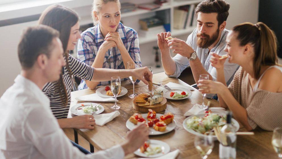 Los cuatro pasos para ser el mejor anfitrión si invitas a alguien a cenar