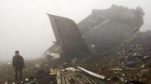 La larga espera de un fémur y 23 frascos de restos del accidente del Yak-42 en Turquía