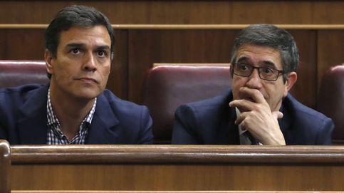 López toma ventaja en las quinielas tras presentar su plan para rehacer el PSOE
