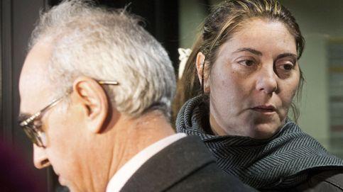 La madre de Nadia , libre tras declarar por las fotos de contenido sexual