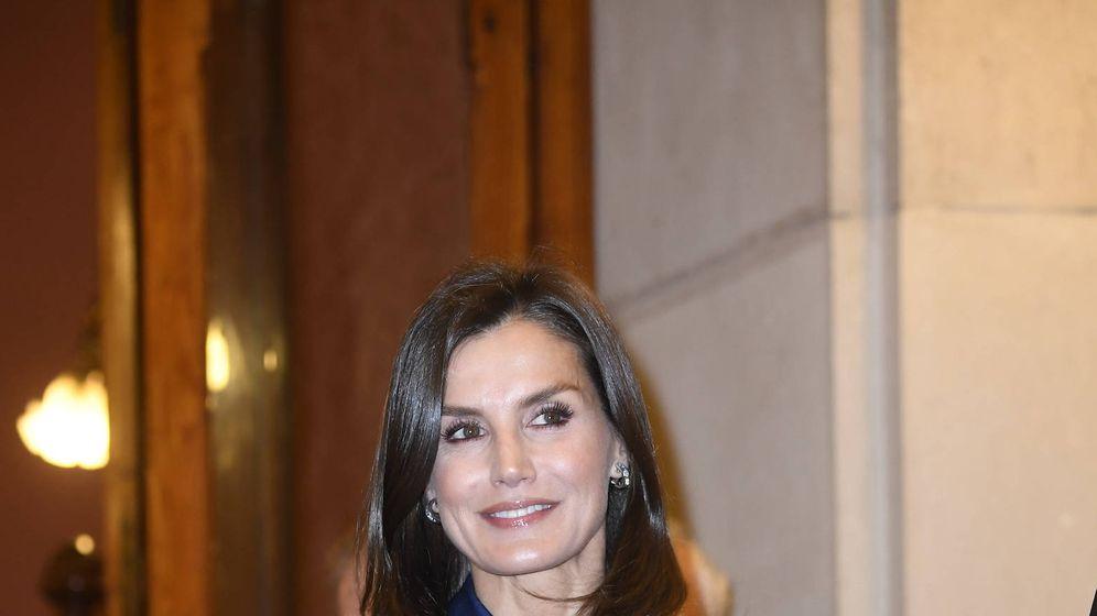 Foto: La reina Letizia en el pleno de la Real Academia Española. (Limited Pictures)