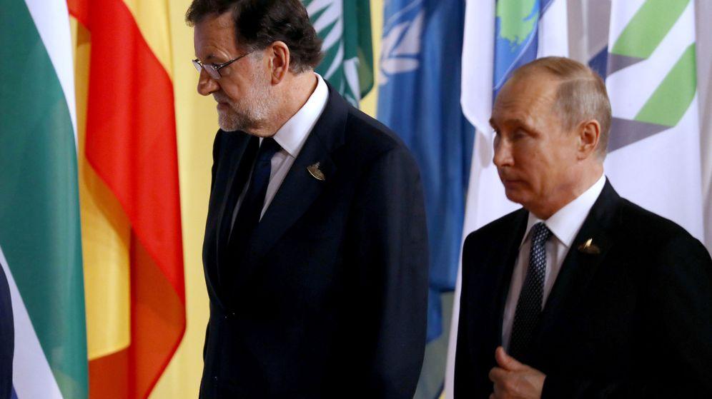 Foto: El presidente del Gobierno español, Mariano Rajoy, junto a su homólogo ruso, Vladímir Putin. (EFE)
