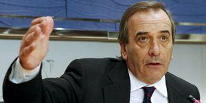 Alonso confiesa a su entorno que quiere dejar la dirección del Grupo Socialista
