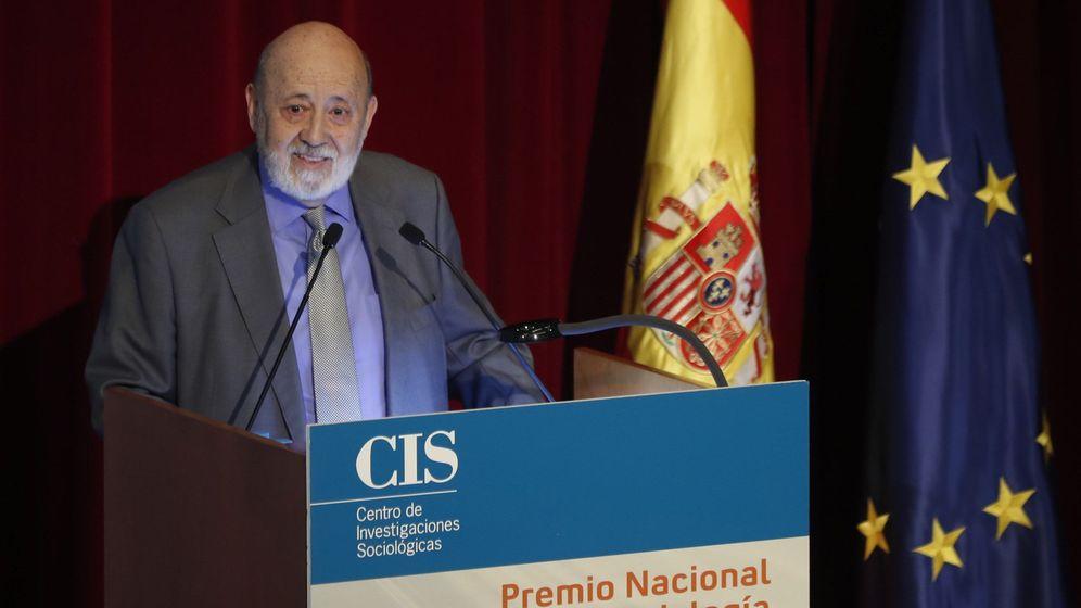 Foto: El presidente del CIS, José Félix Tezanos, durante el acto de entrega del Premio Nacional de Sociología y Ciencia Política 2018. (EFE)