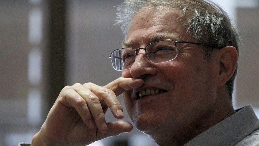 El escritor y ensayista Félix de Azúa ocupará el sillón 'H' de la RAE