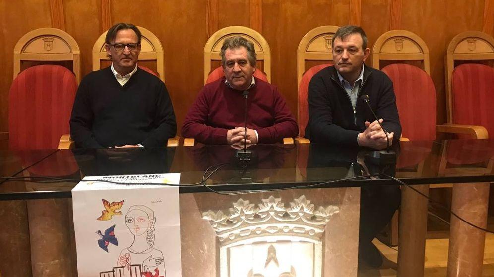 Foto: Pep Andreu, alcalde de Montbanc, en el centro