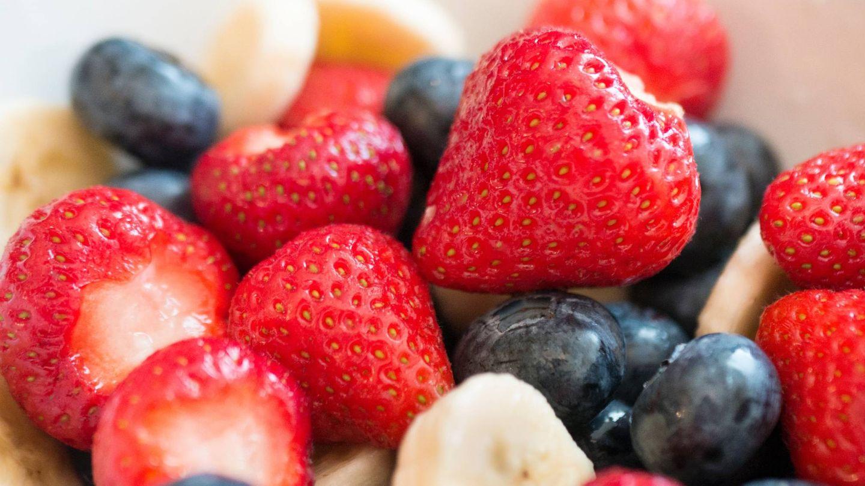 La mejor hora para comer fruta y adelgazar. (Grooveland Designs para Unsplash)