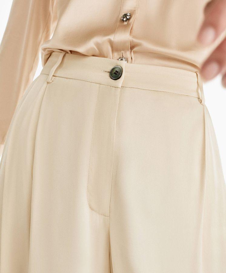 Foto: Pantalón de nueva colección de Uterqüe. (Cortesía)