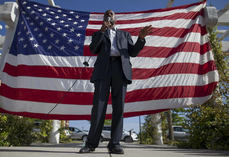 Foto: El candidato republicano Ben Carson en un discurso durante el Memorial Day en Myrtle Beach, Carolina del Sur (Reuters).