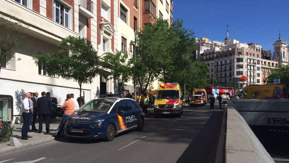 Dos adolescentes mueren al caer por el hueco de un ascensor en Madrid