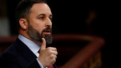 Abascal llama mentiroso, estafador y villano de cómic a Sánchez
