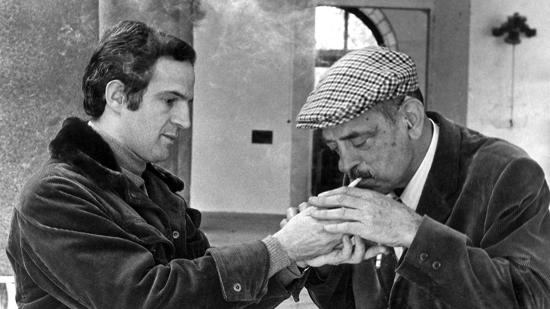 François Truffaut y Buñuel, en un descanso del rodaje de la película 'Tristana', en 1969 en Toledo. (EFE)