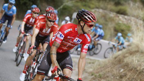 Una montonera aparta a dos importantes favoritos de la pelea por La Vuelta