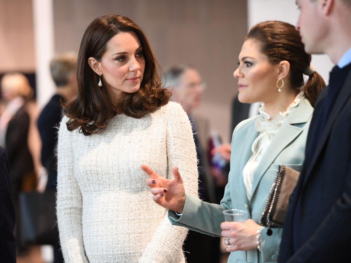 Foto: Kate Middleton y Victoria de Suecia, en 2018. (Reuters)