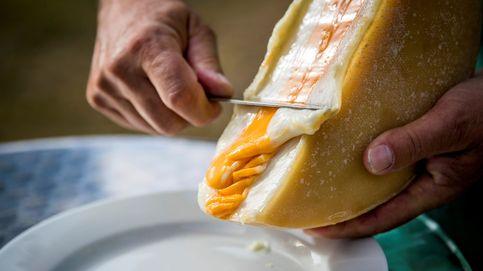 Una raclette hecha con tres quesos diferentes