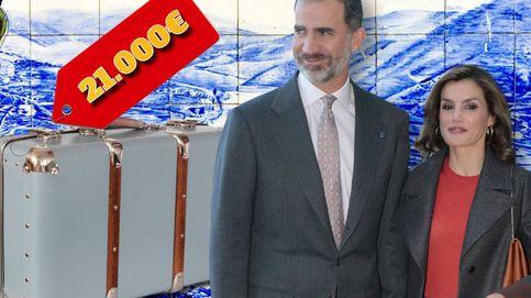 Esto es lo que cuesta la maleta que la Reina Letizia se llevó a Portugal