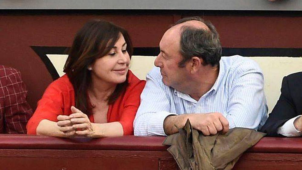 Foto: El empresario Luis Miguel Rodríguez cuando era pareja de Carmen Martínez-Bordiú. (Gtres)