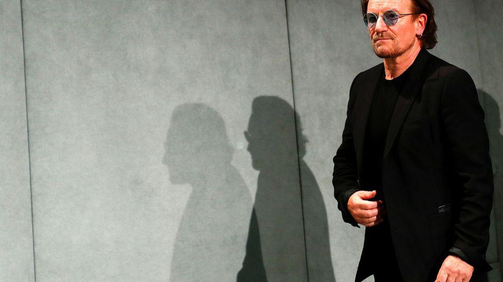 Foto: Bono llega a una rueda de prensa en el Vaticano, el 19 de septiembre de 2018. (Reuters)