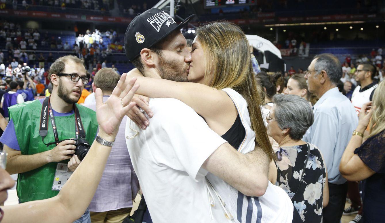 Foto: Las imágenes más tiernas de los campeones de Europa de baloncesto