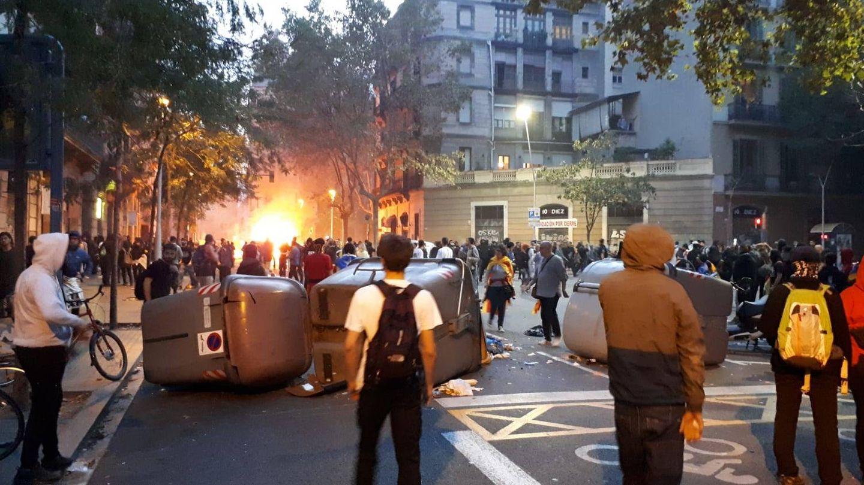 Imagen de las barricadas tras las barricadas. (Rafael Méndez)