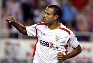 El Manchester sube la puja por Luis Fabiano