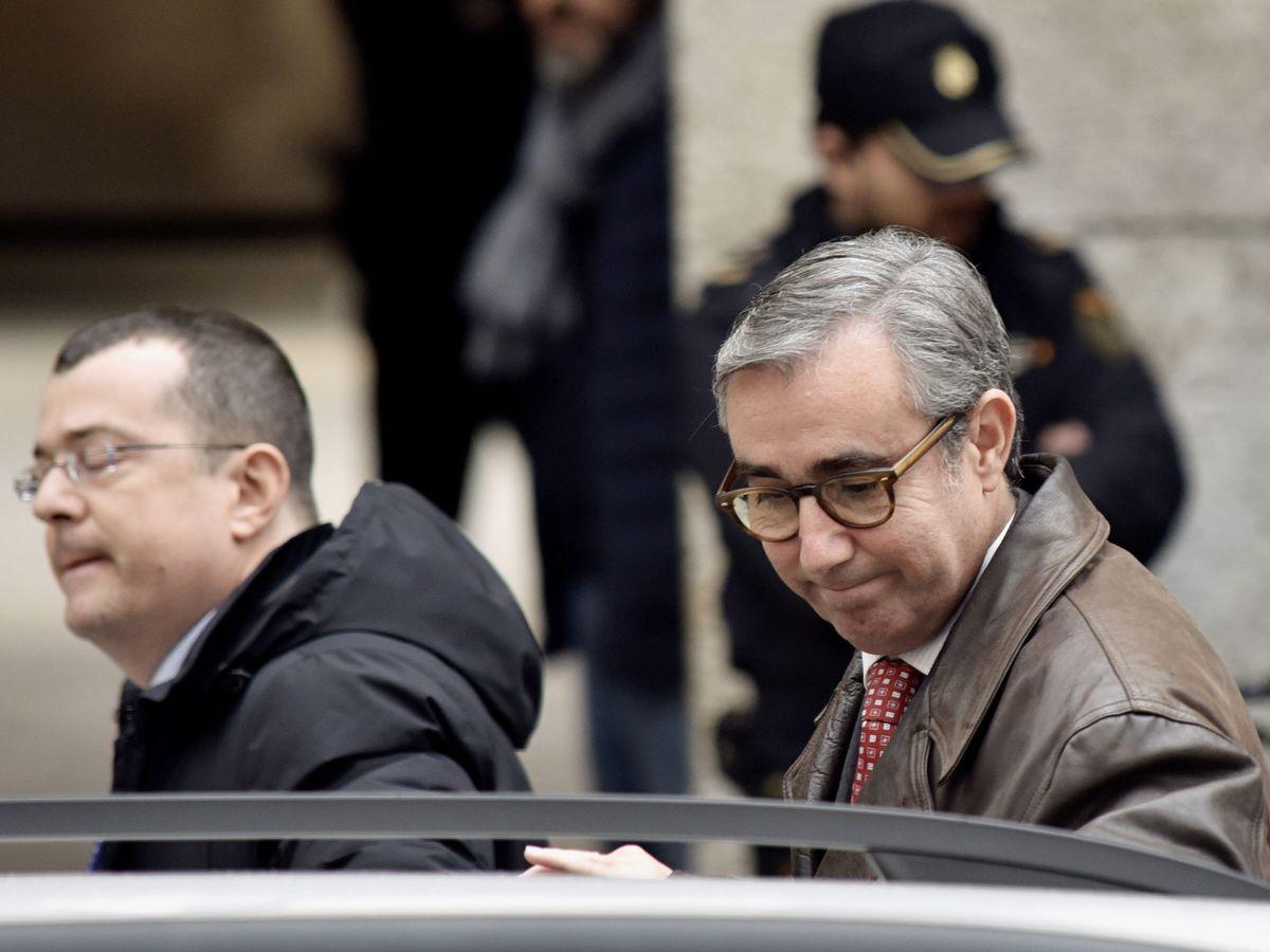 Foto: Manuel González Peeters y su excliente, Diego Torres. (EFE)