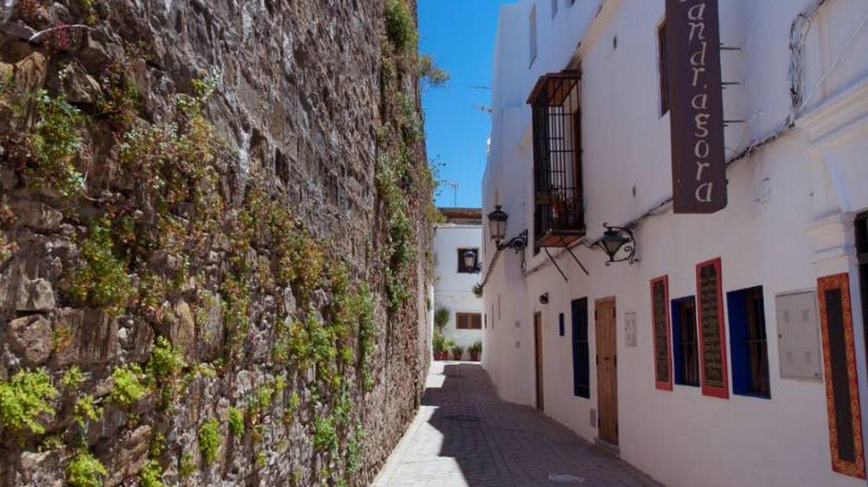 Por las calles de Tarifa. (Foto: Cádiz Turismo)
