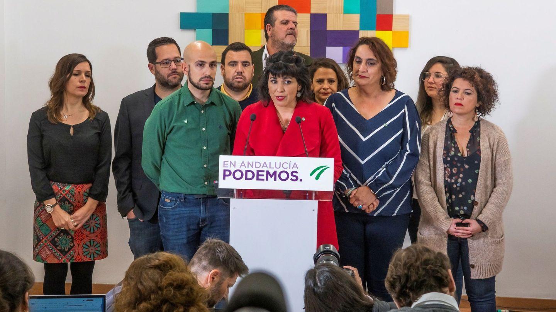 La secretaria general de Podemos Andalucía, Teresa Rodríguez (c). (EFE)