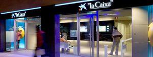 La Caixa encarga a Deloitte la venta de su red de oficinas