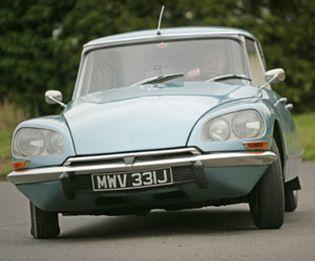 Foto: Citroën DS ('tiburón'), el coche más bonito de la historia