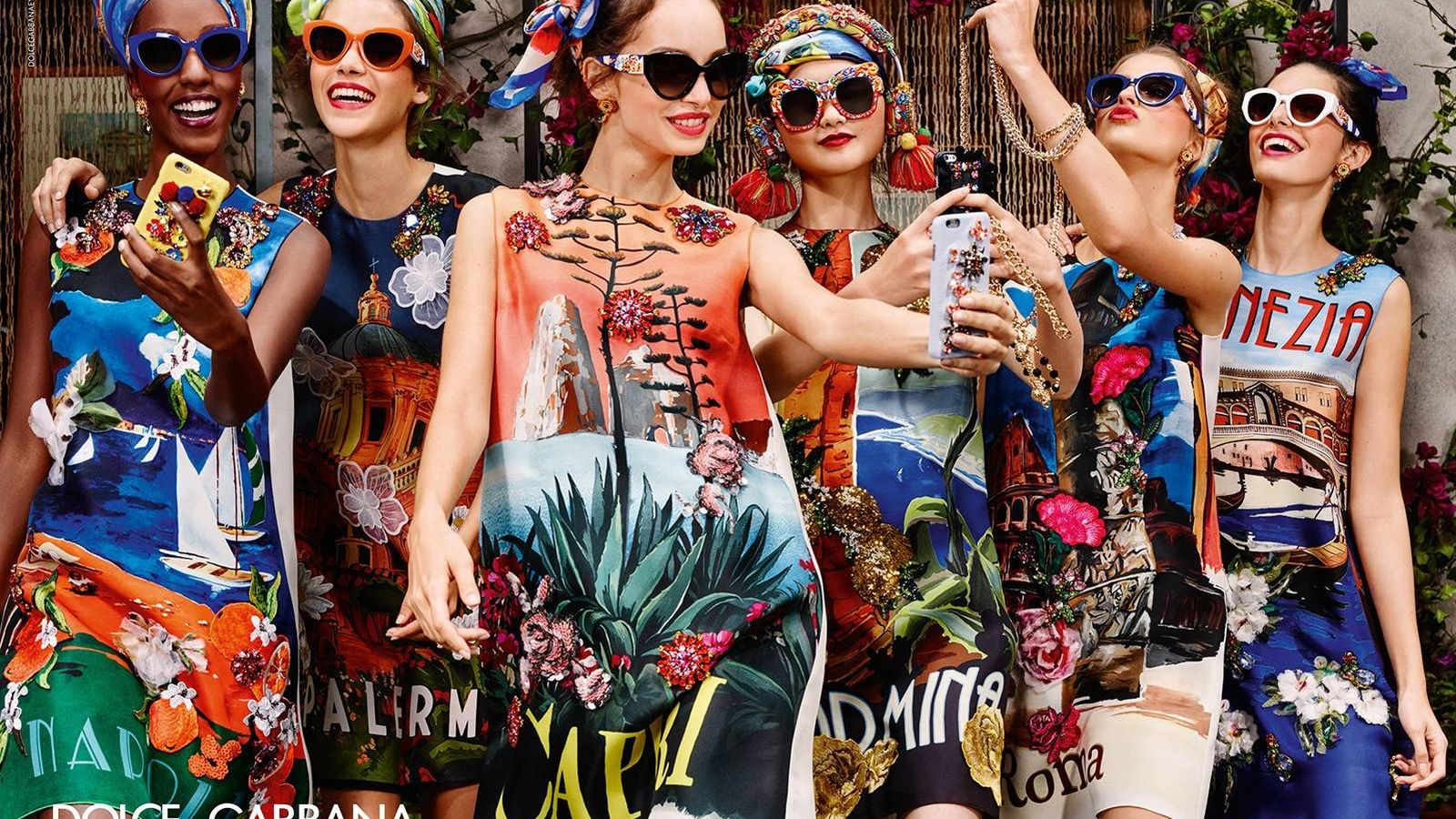 Foto: Todos los trucos para mejorar tus selfies. (Imagen: Dolce & Gabbana)