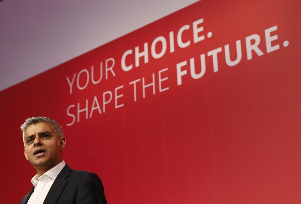 Foto: El candidato laborista a la alcaldía de Londres, Sadiq Khan, durante un discurso en el Queen Elizabeth Centre, en Londres, en septiembre de 2015 (Reuters).
