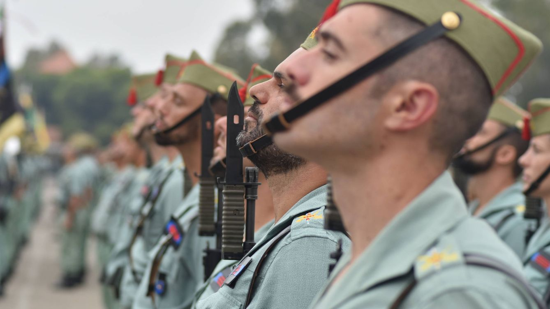 Foto: Legionarios en formación con la mirada al frente. (Fotos: Agustín Rivera)
